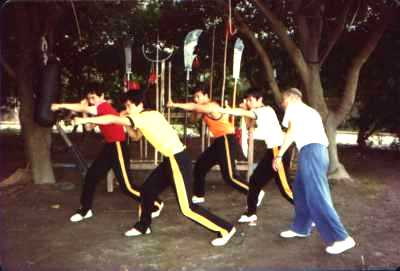 Sifu Zhao tijdens de training bij zijn Sifu